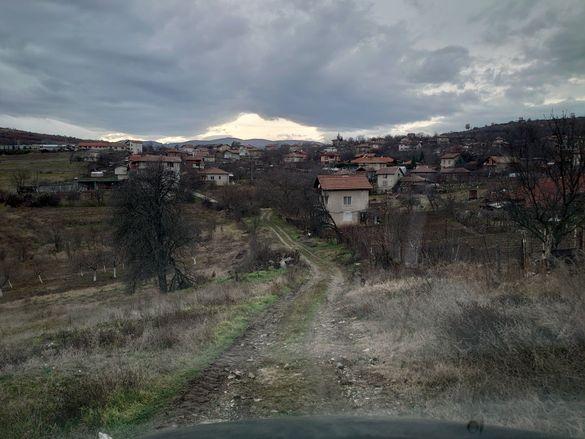 Парцел /УПИ/ в село Селище,община Благоевград - 1707м2