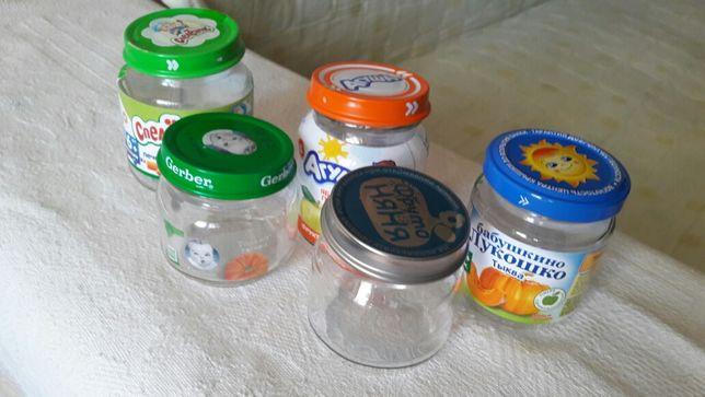 Отдам ящик баночек от детского питания