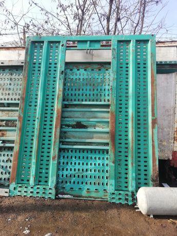 Rampi metalice platforme