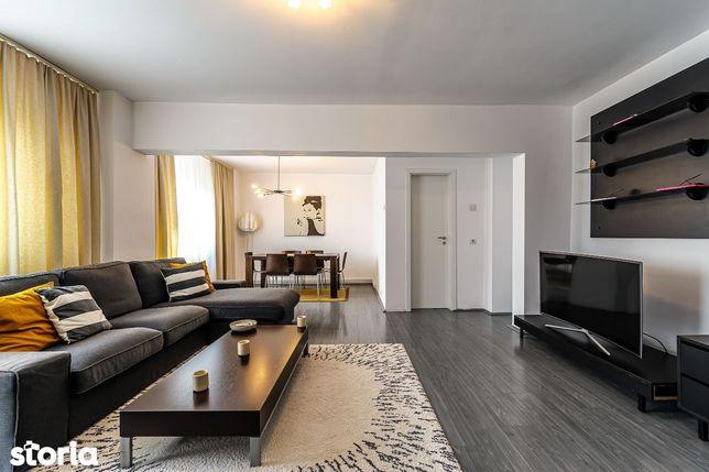 Apartament 4 camere modificat in 3 cam zona Micalaca 100