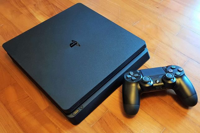 Продаётся PS 4 slim  1TB