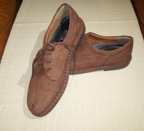 Pantofi din piele , noi , marimea 45, marca CAMEL .Italy