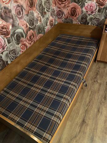 Продам 2 б/у кровать