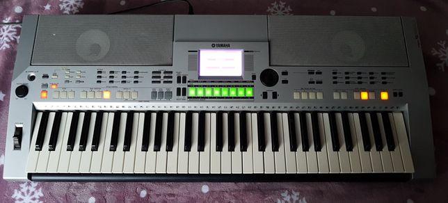 продам  Yamaha psr s 550
