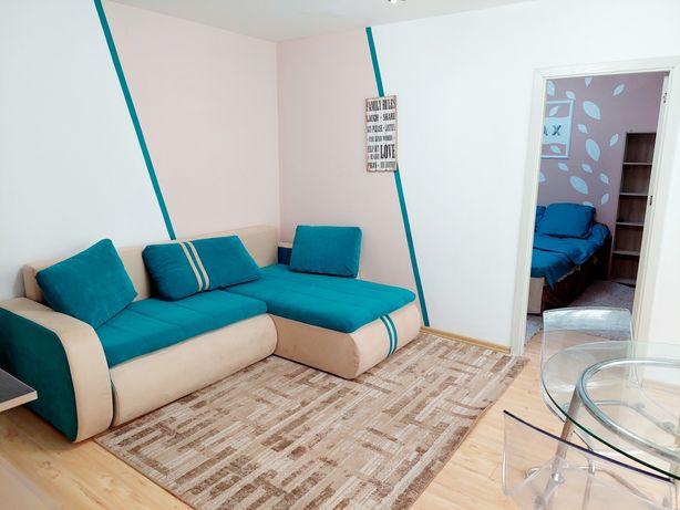 Inchiriez apartament cu 3 camere in zona Tomis Nord pe perioada lunga