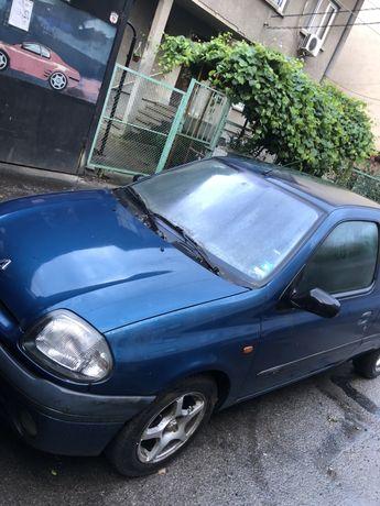 Renault clio Рено клио 1.9 на части