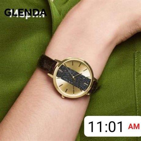 Продавам часовник от AVON Glenda и часовник Zalika