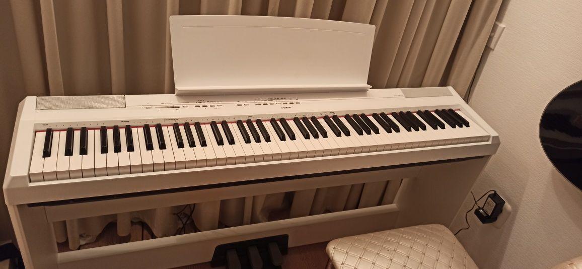 Цифровое пианино/фортепиано yamaha