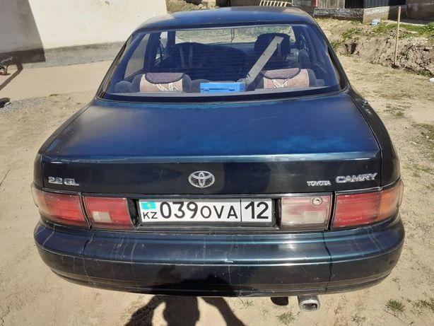 Машина тойота 10