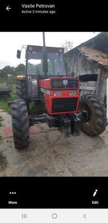 Tractor case 845,fiat 90  80, ebro 125 și cisternă de 7000 L.