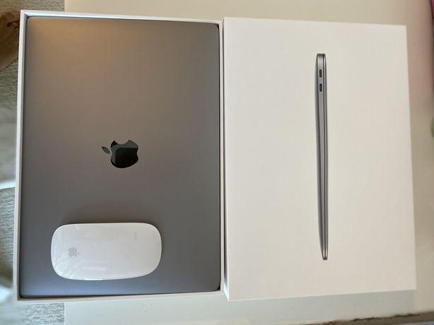 "Macbook air 13"" M1 chip 512 GB 2021 Nou space grey + magic mouse"