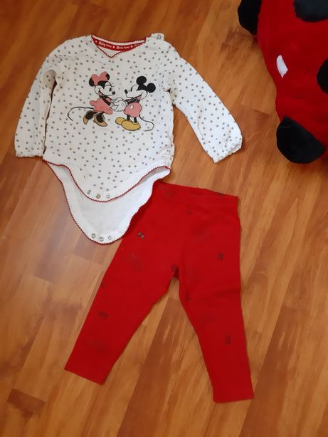 Set Disney impecabil 9-12 luni- body si pantaloni
