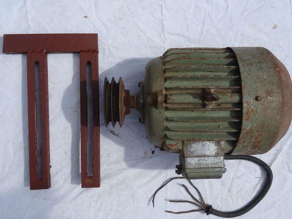 Трифазен Електромотор 5 KW/2900 обр. със стойка