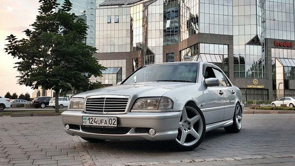 Обвес на Mercedes-Benz передний бампер W202 C55