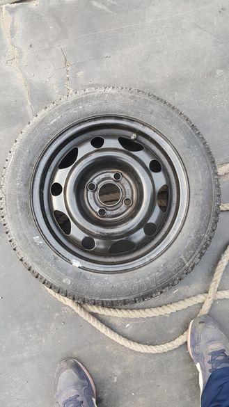 Нови джанта 4х100 с нова гума 165 65 14 опел