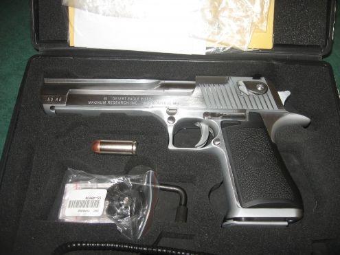 Pistol Modificat(IMBUNATATIRI LA MECANISM) Calibru 6mm Airsoft Co2 gaz