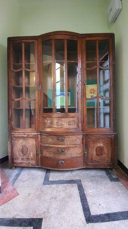 Dulap lemn masiv - mobila clasica