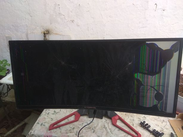 Monitor gaming Acer... Defect!!!