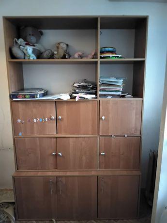 Шкаф с полками продам в отличном состоянии