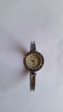 Елегантен дамски часовник BULGARI