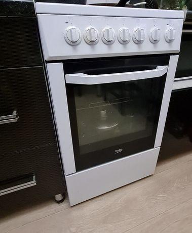 Продам кухонную плиту, электрическая BEKO, стекло керамика.