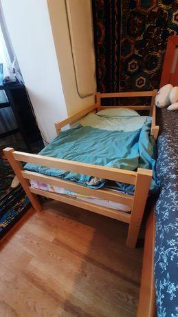 Детская кровать. Дерево