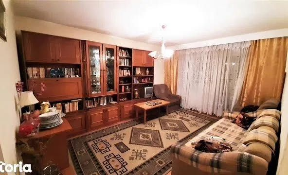 Vand apartament 2 camere Bacau