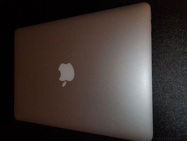 "Macbook pro retina 13"" 256 ssd, 8gb, i5, late 2013 as new"