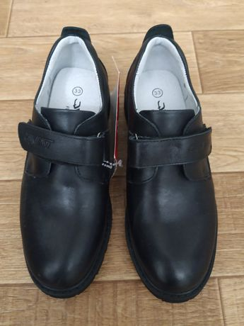 Школьные туфли 33 размер