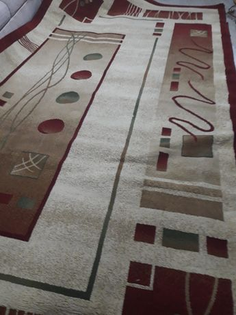 Продам натуральный  ковёр  18000т 2х4