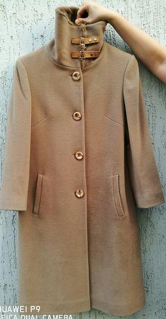 Кашемировое пальто с норковым воротником