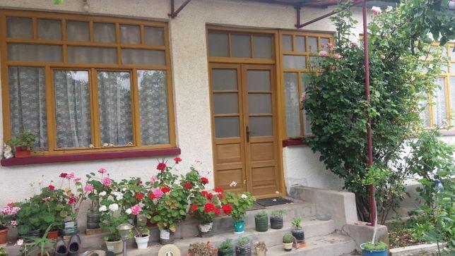Vand casa cu dependinte, curte si gradina in Bretea Muresana