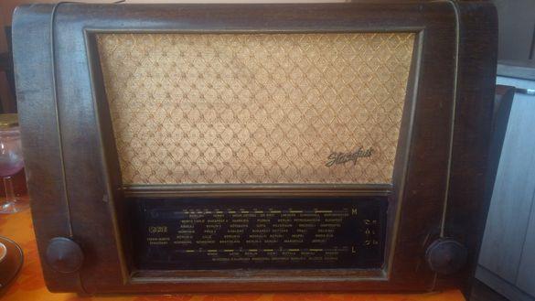 Ретро радио RFT - Super 4Е67, модел 1952 год.