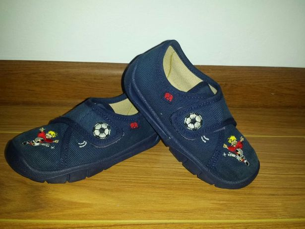 Pantofi de casa marimea 24