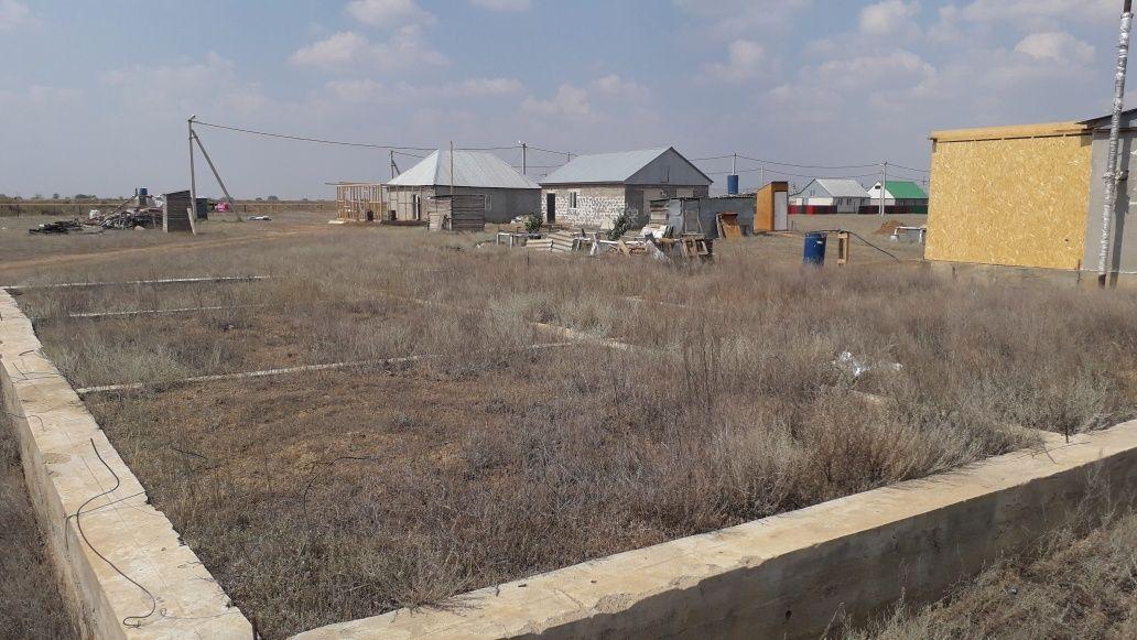 Продам участок 12 соток г.Уральск п.Достык(РТС) при вьезде