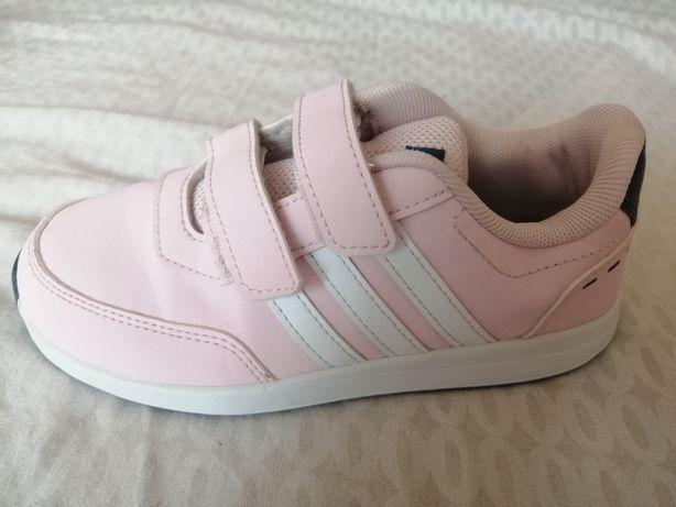 Vând adidași fetite culoare roz ADIDAS mărimea 31