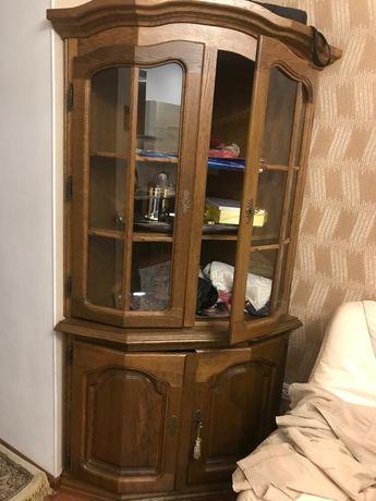 Посудный шкаф дубовый (посудная угловая горка) Беларусь