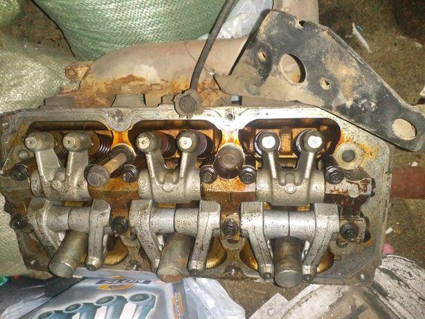 Головки двигателя Chrysler 300M