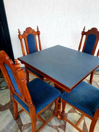 Маса и столове парен бук с дърворезба