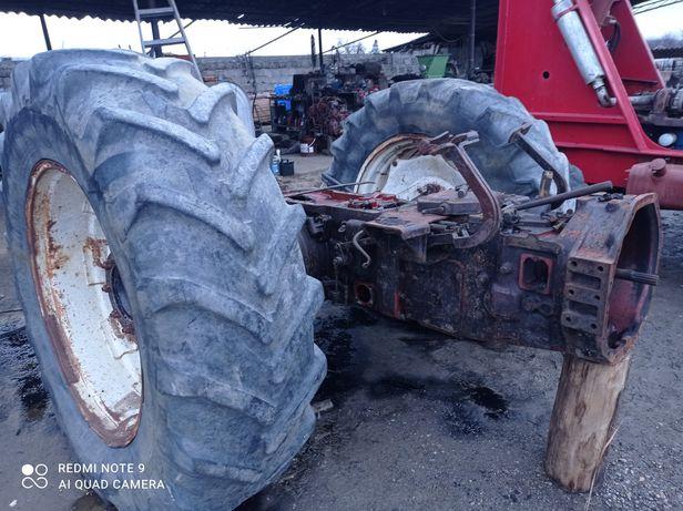 Tractor fiat 1300 dt dezmembrez.