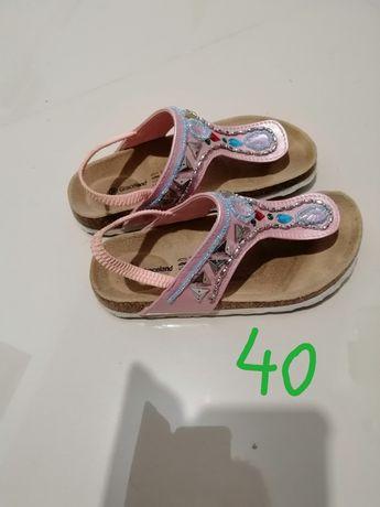 Sandale fetițe, mărimea 32, 19 cm interior.