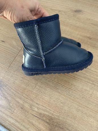 детски оригинални обувки и ботушки