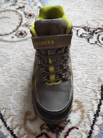 Ботинки на мальчика 35размер