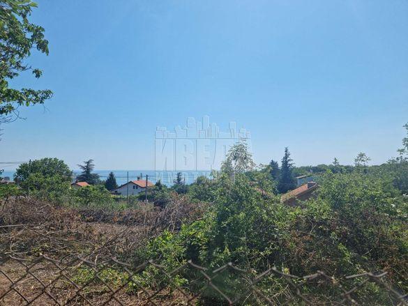 Парцел в Варна, област-м-т Манастирски рид площ 782 цена 48000