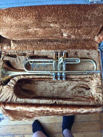Продавам ученически тромпет Шенкеларс