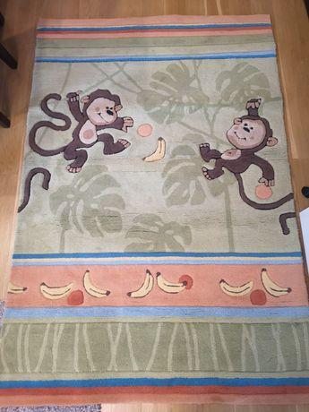 Детски килими с маймуни