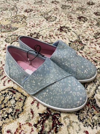 Новая детская обувь 30 р