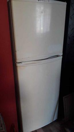 Холодильник в хорошом состоянии