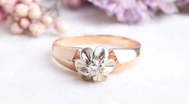 0% Кольцо с бриллиантом, золото 585 (14K), вес 3.15 г. «Ломбард Белый»