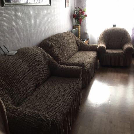 Срочно продам 2 дивана и кресло + чехлы